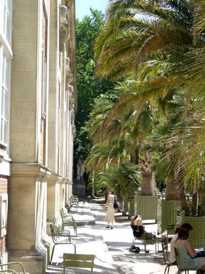 Pique nique au jardin du luxembourg hotels paris rive for Aller au jardin du luxembourg