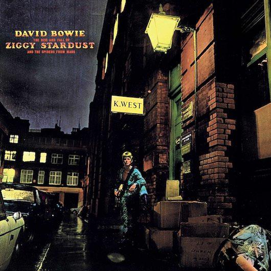 Exposition de pochettes de David Bowie à la Maison de la Radio jusqu'au 15 mars 2018