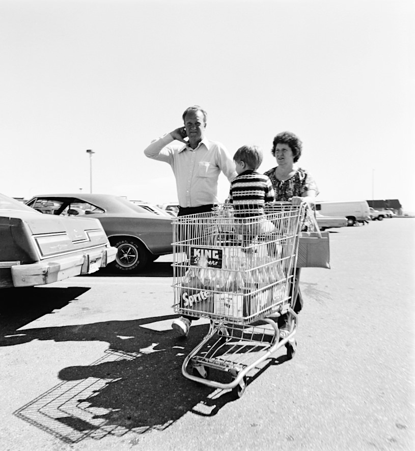 Robert Adams Our Lives and Our Children exhibition at the Cartier-Bresson Foundation, 16th May - 29th July 2018