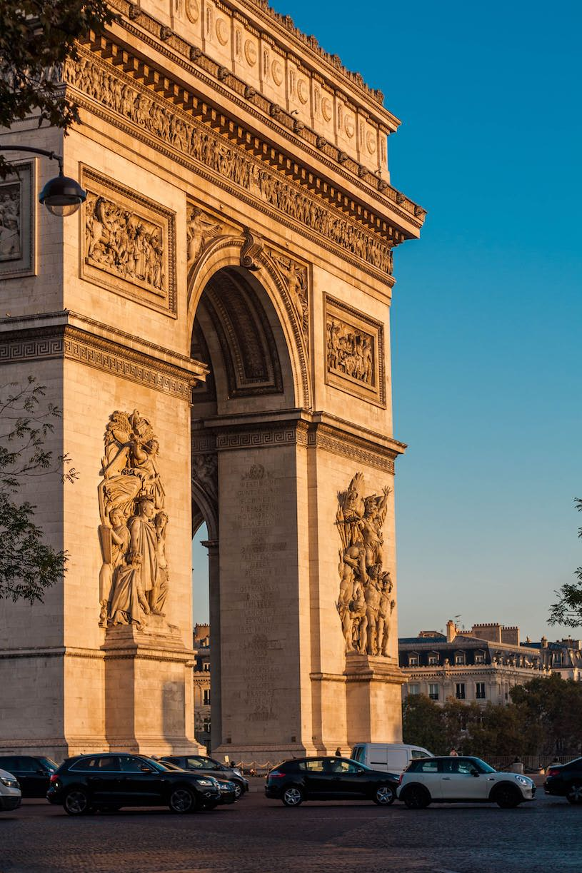 Voir le coucher du Soleil dans l'axe de l'Arc de Triomphe les 7, 8 et 9 mai 2018