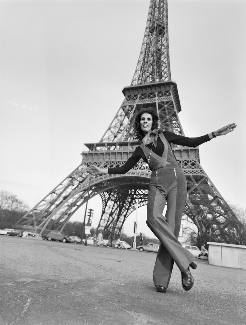 Dance teacher and mannequin Aira Samulin in Paris in 1973. Eiffel Tower in the background