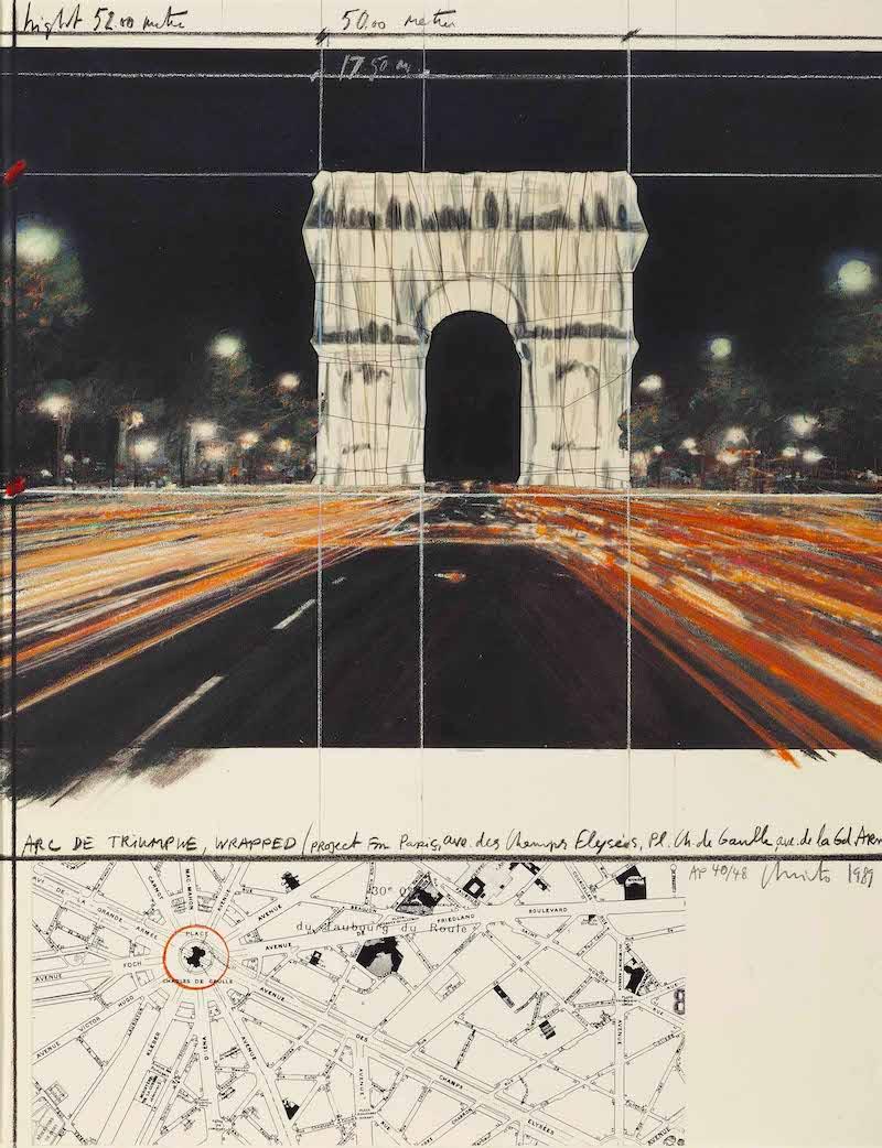 L'Arc de Triomphe empaqueté par l'équipe Christo et Jeanne-Claude du 18 septembre au 3 octobre 2021